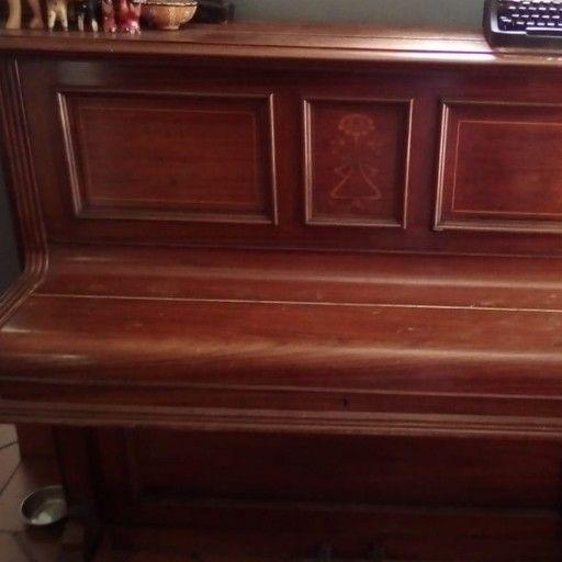 Piano William sames upright