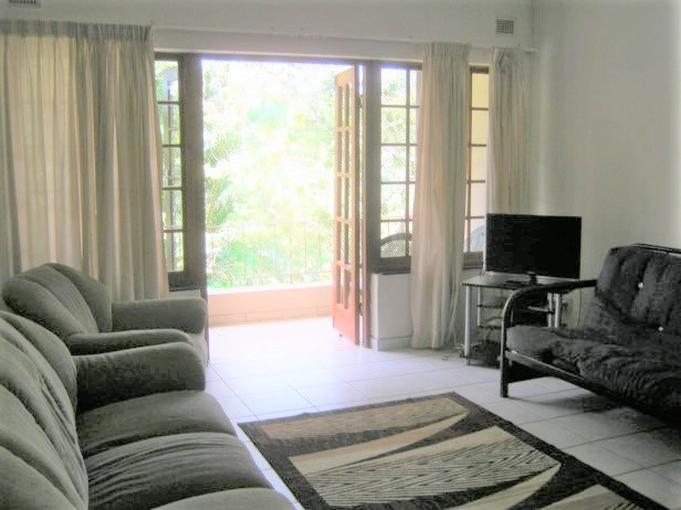 2 Bedroom Top Floor Apartment for sale in Banners Rest,Port Edward.