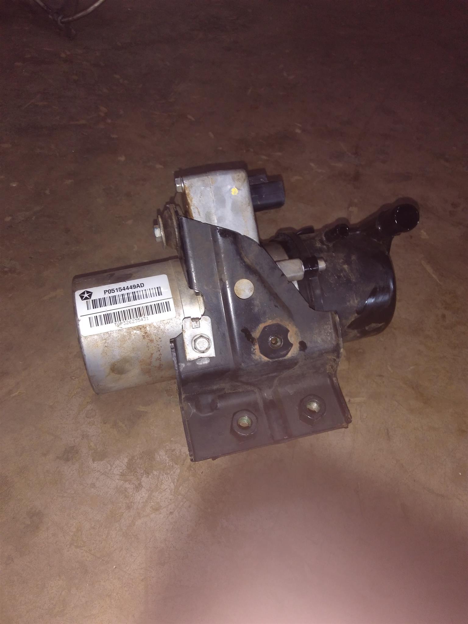 Jeep Grand Cherokee CRD WK2 3L Power Steering Pump