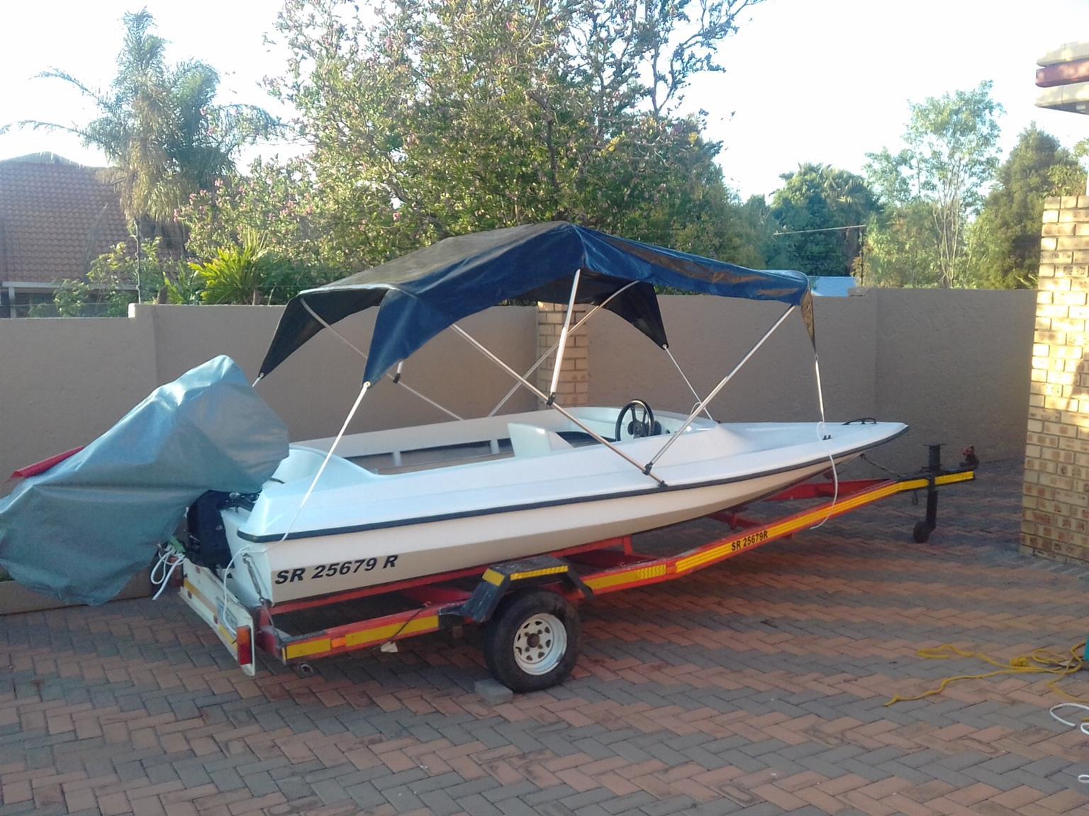 Phantom speed boat