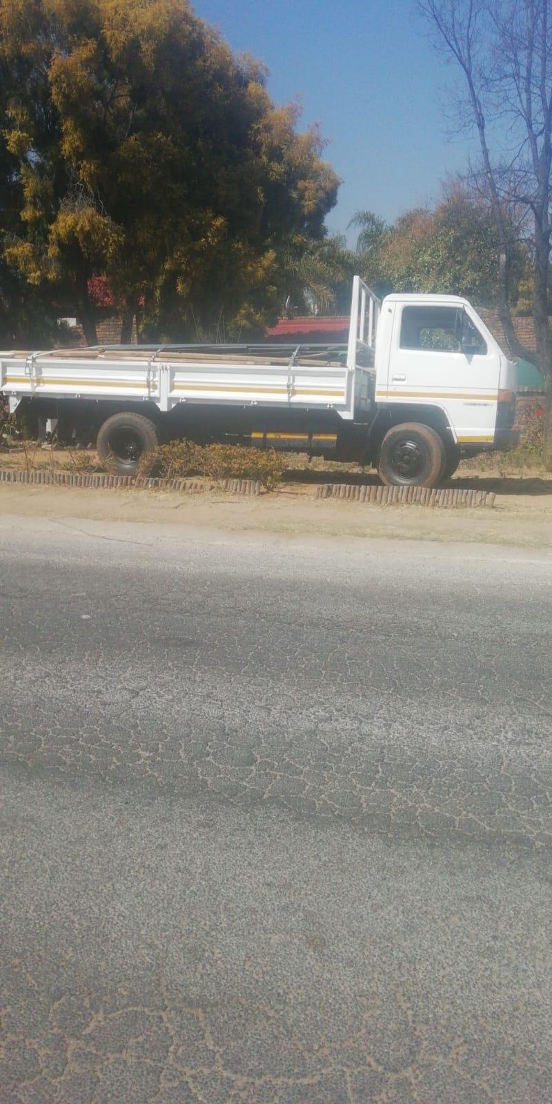Isuzu 3,5 tonne Truck For sale