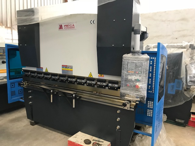 Press Brake, Hydraulic Bending Machine, 2500mm x 63Ton, 2 Axis NC Control, Brand New