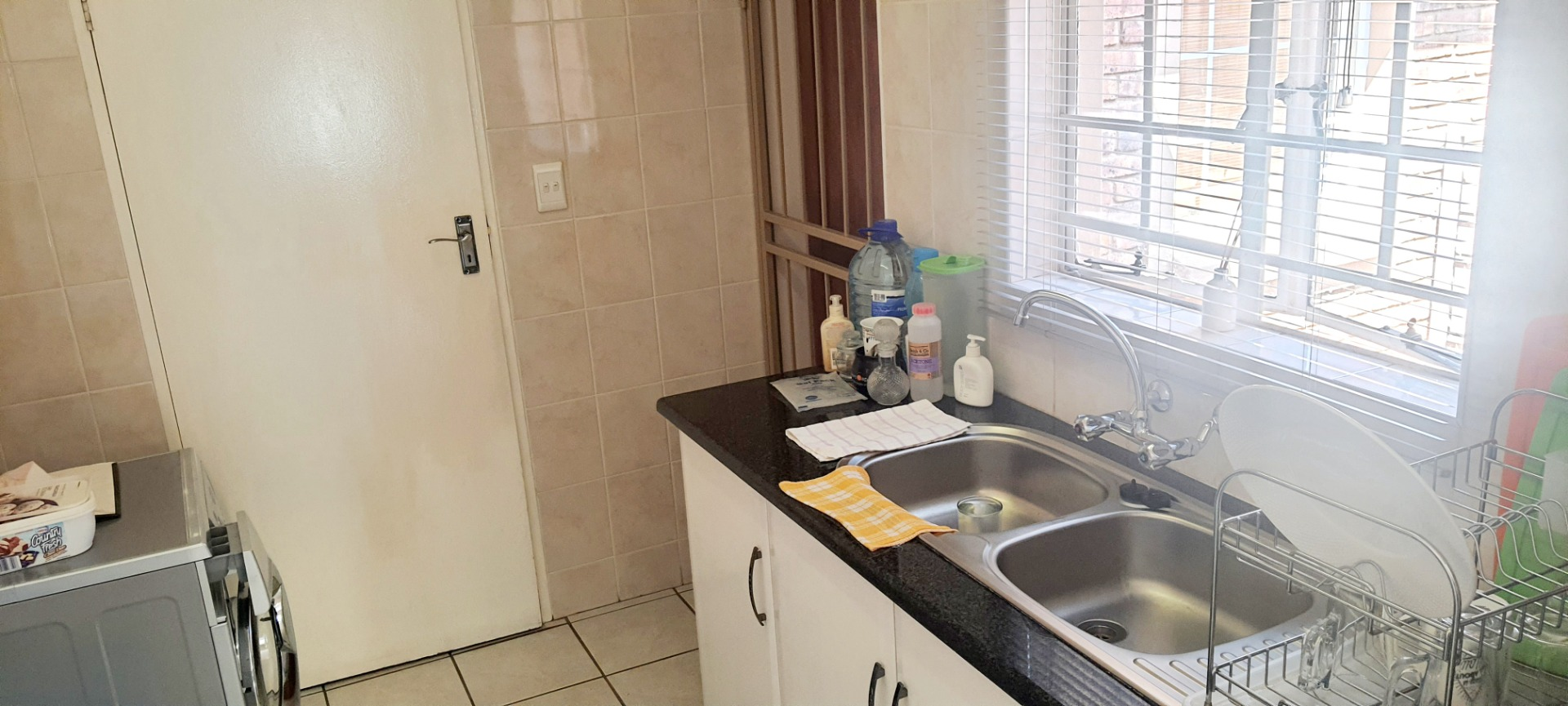 Townhouse For Sale in Amberfield