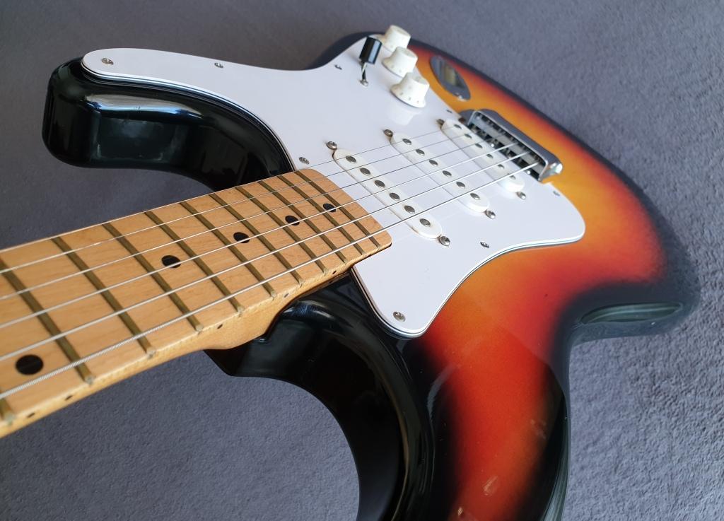 DIA Stratocaster Electric Guitar - (Sunburst Finish) - Vintage 80s Made in Japan