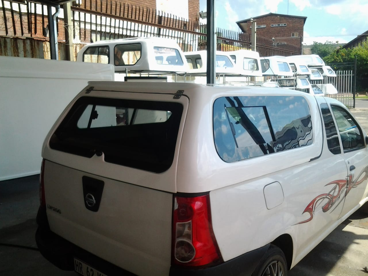 2020 BRAND NEW GC NISSAN NP200 LOW - LINER BAKKIE CANOPY FOR SALE !!