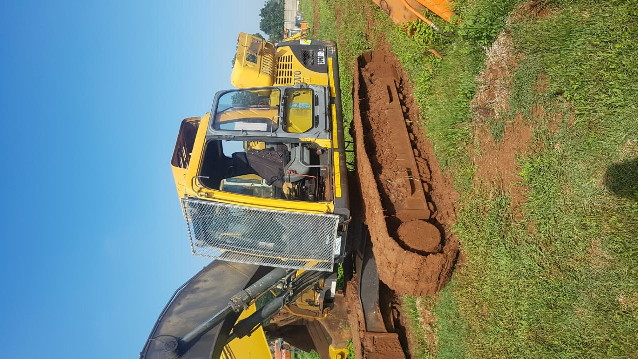 Stripping a Volvo EC210BLC Excavator for spares