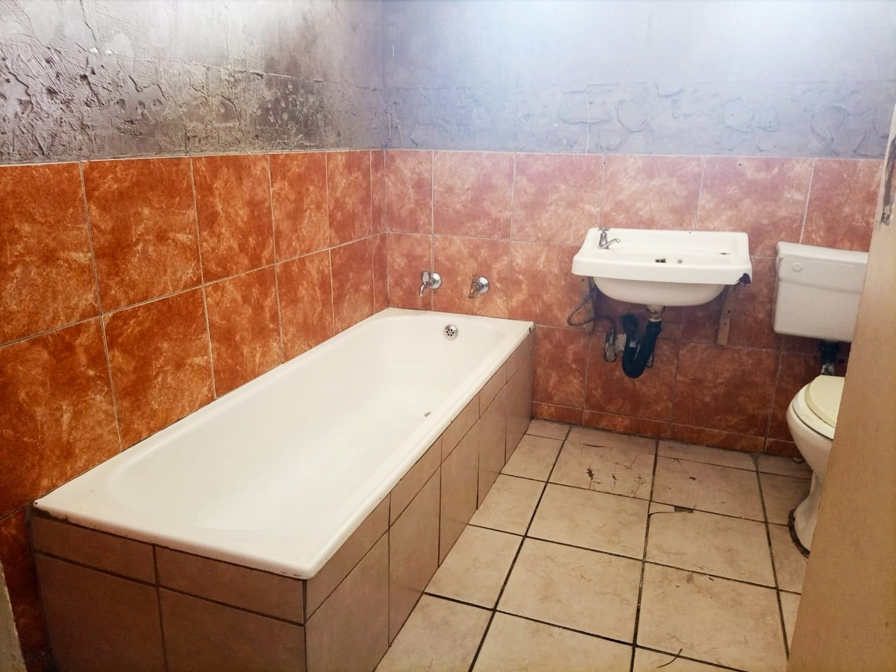 Apartment For Sale in Germiston South
