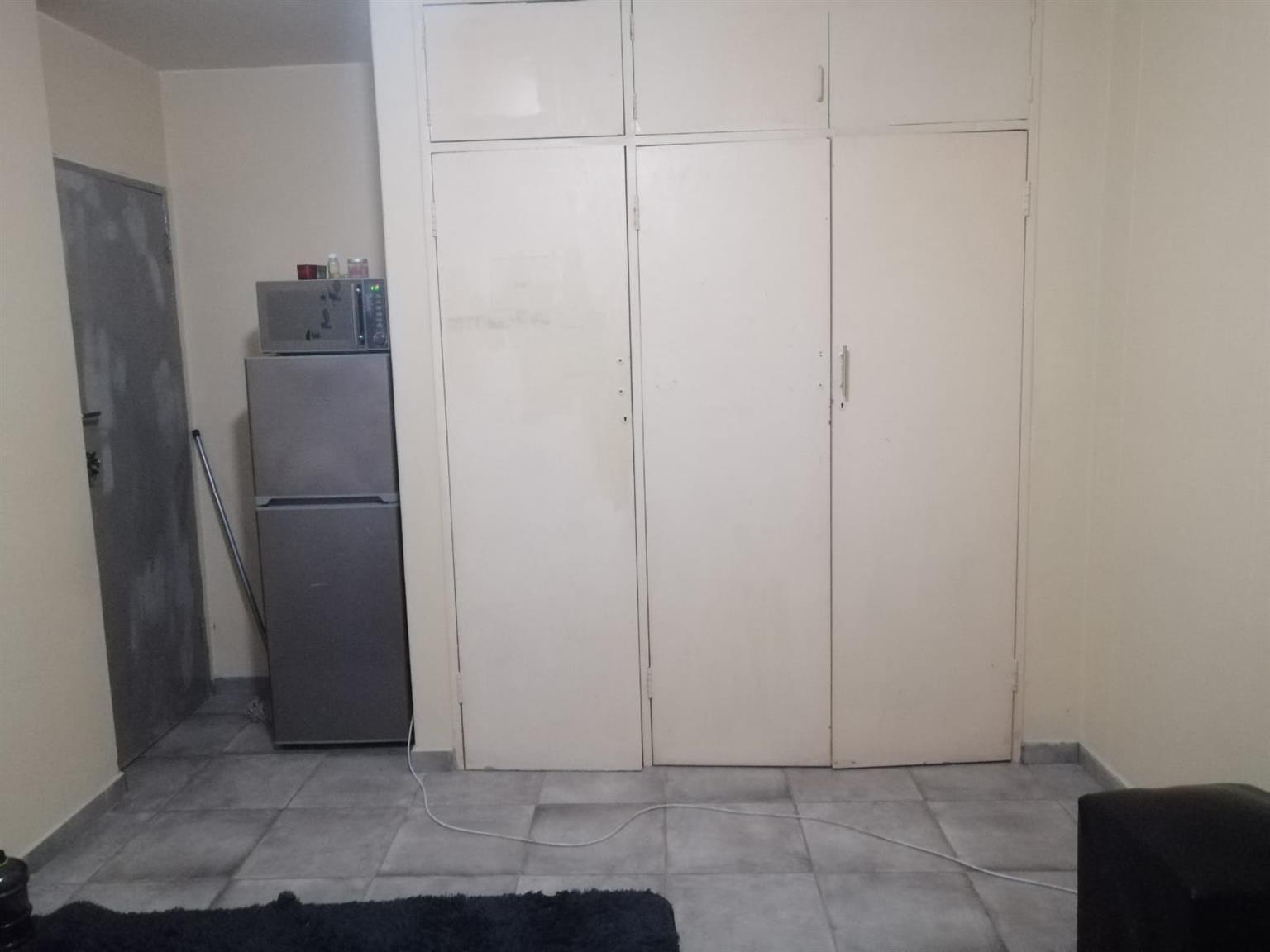 Main bedroom for rent