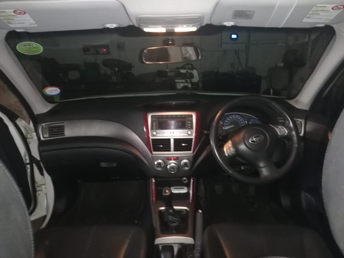 2010 Subaru Forester 2.5 XS