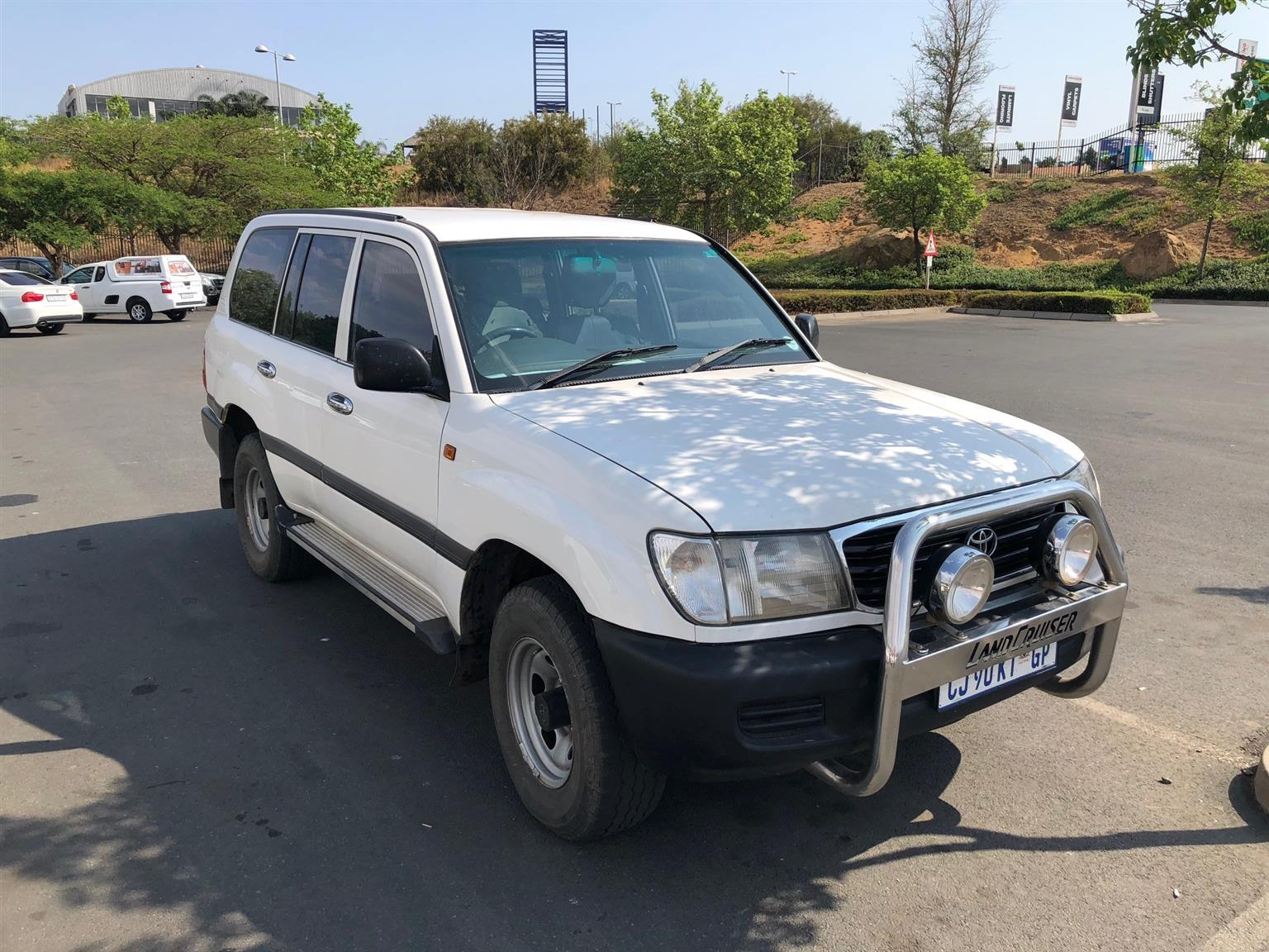 2000 Toyota Land Cruiser 100 4 5 GX buy used (second hand