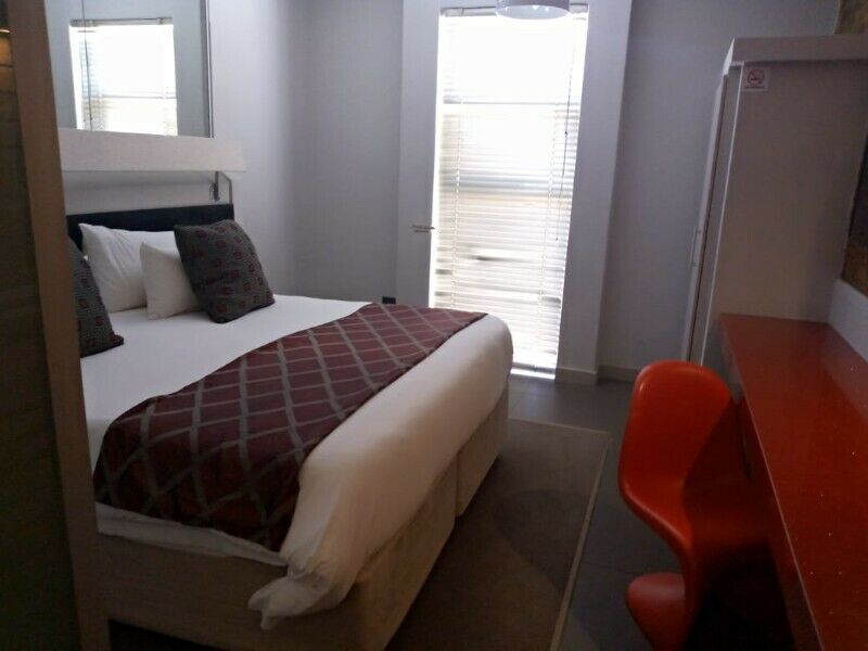 Cosy and affordable Bachelor apartments in Kempton Park
