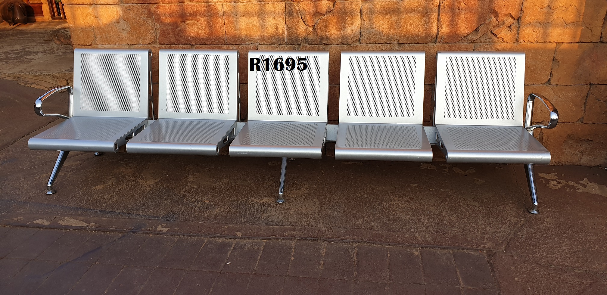 Classique 5 Seater Visitors Bench