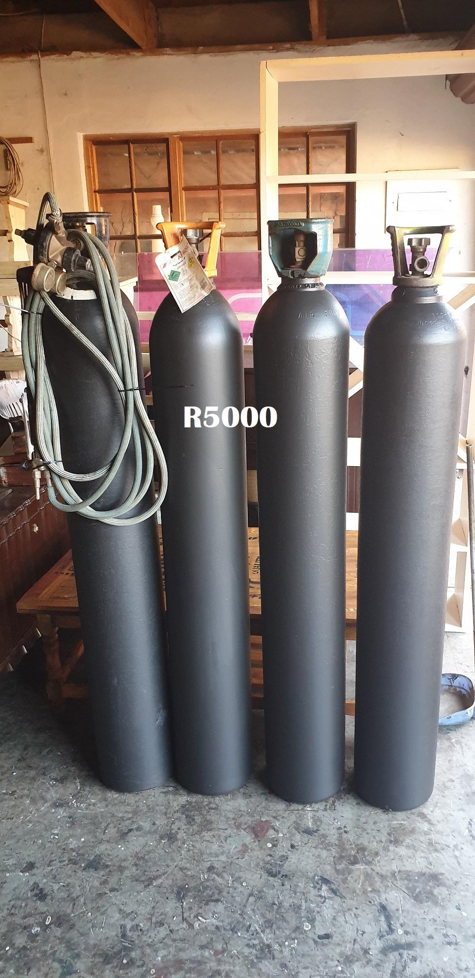 4 x Welding Gas Bottles (1550mm high)