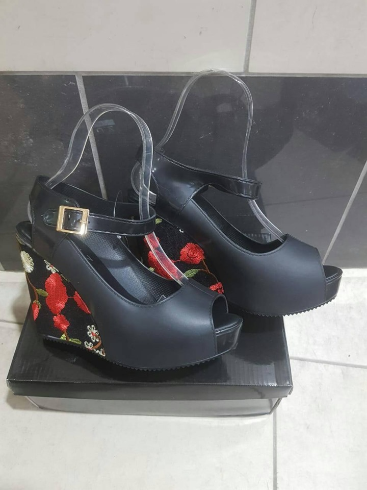 Pattern wedge shoes for sale