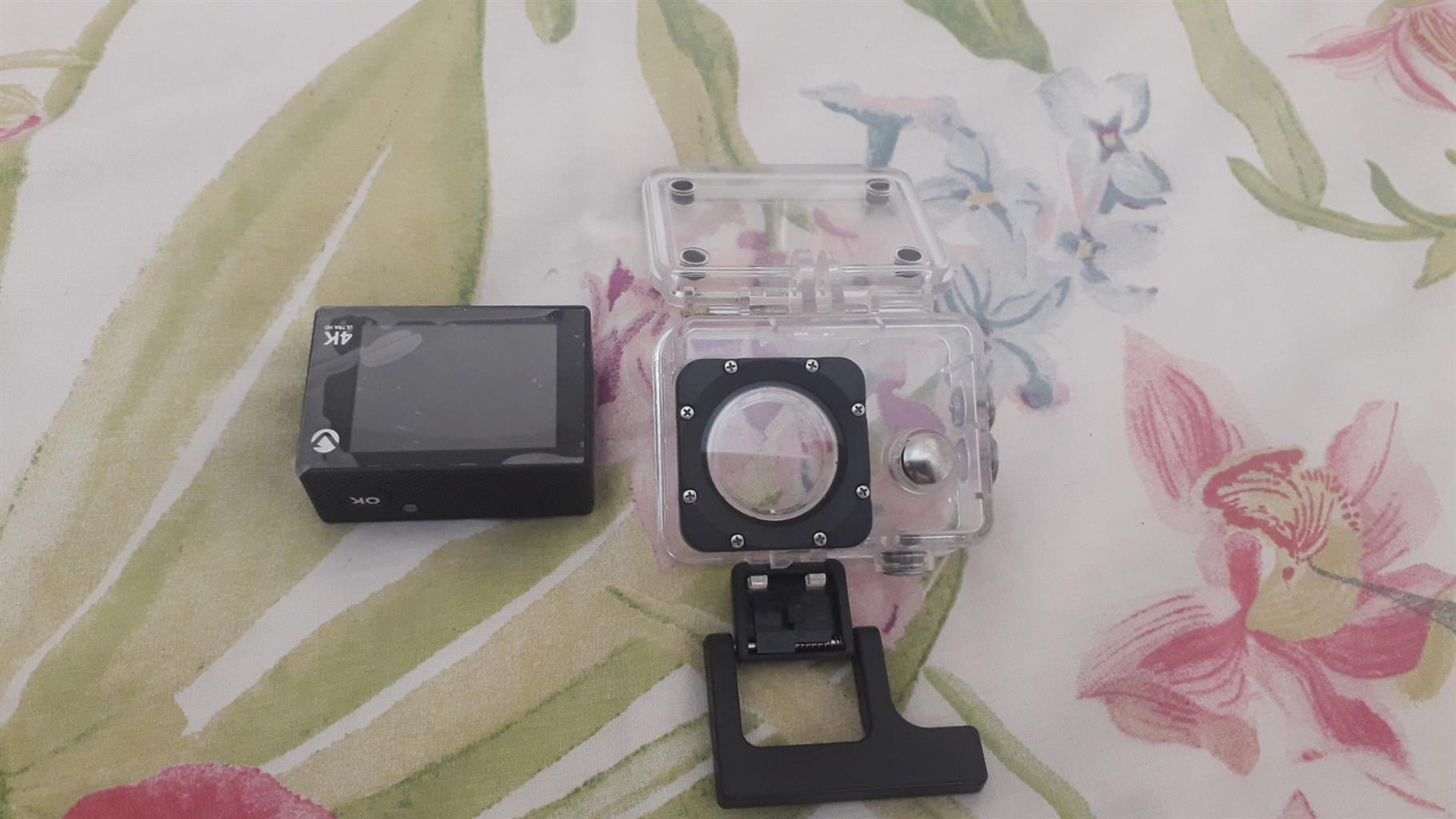 I'm seling a volkano camera it can take pictures under the Walter
