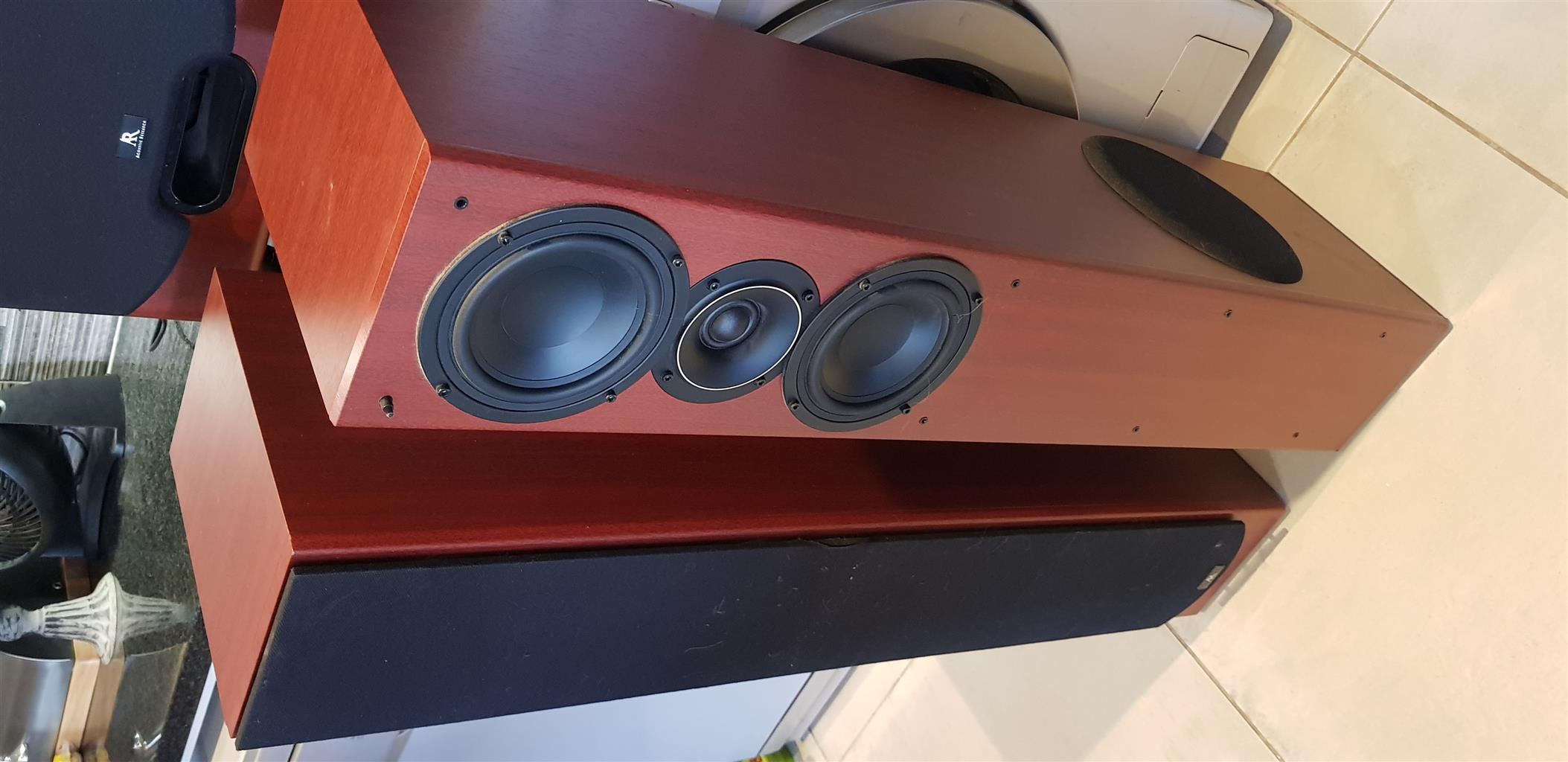 JVC / ACUSTIC RESEARCH SURROUND SOUND SYSTEM