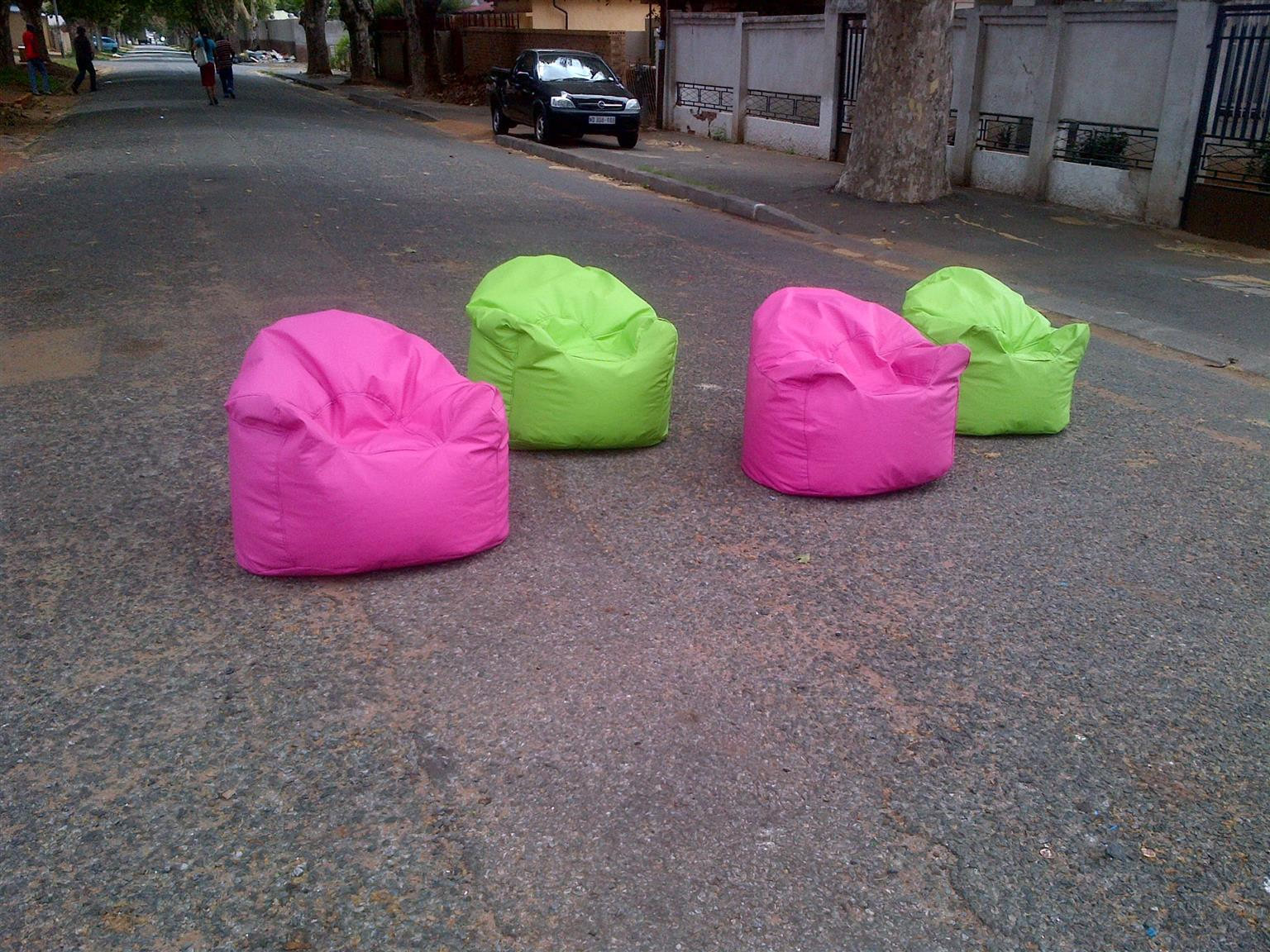 Hmmmm!!!kIDS CUMFY BEAN BAGS FOR KIDS FROM 2 TO 10 YEARS ARE AVAILABLE ON SALES