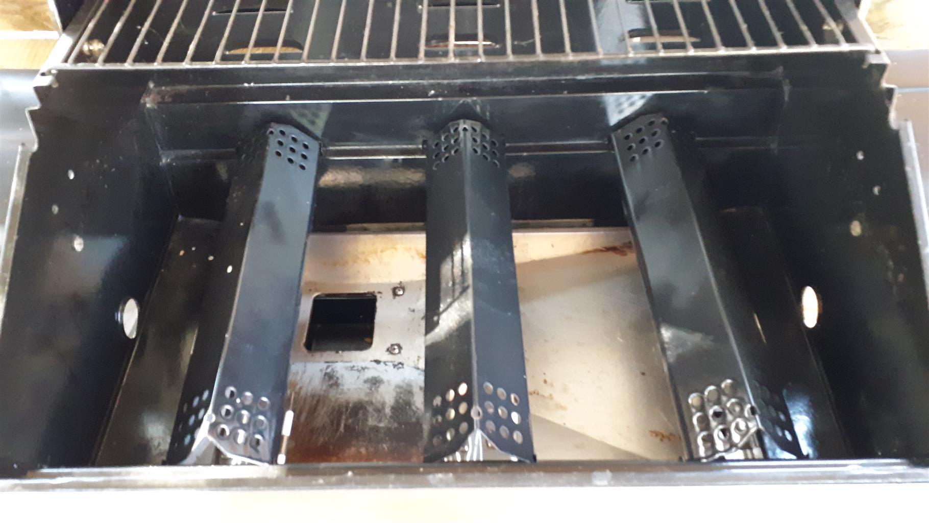 Megamaster blaze 400 patio braai