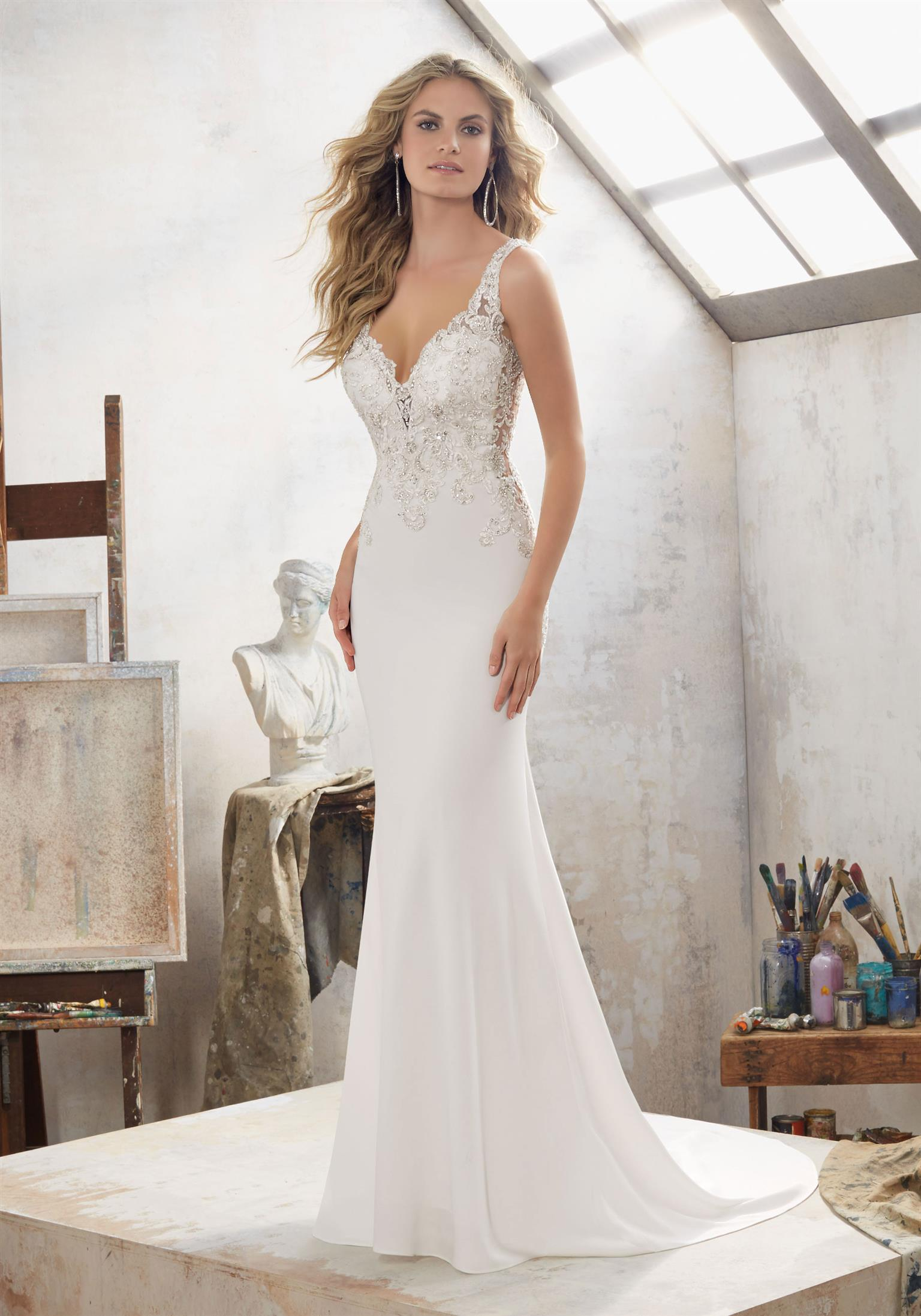 Stockists (rent and sell) of top international designer brands bridal wear
