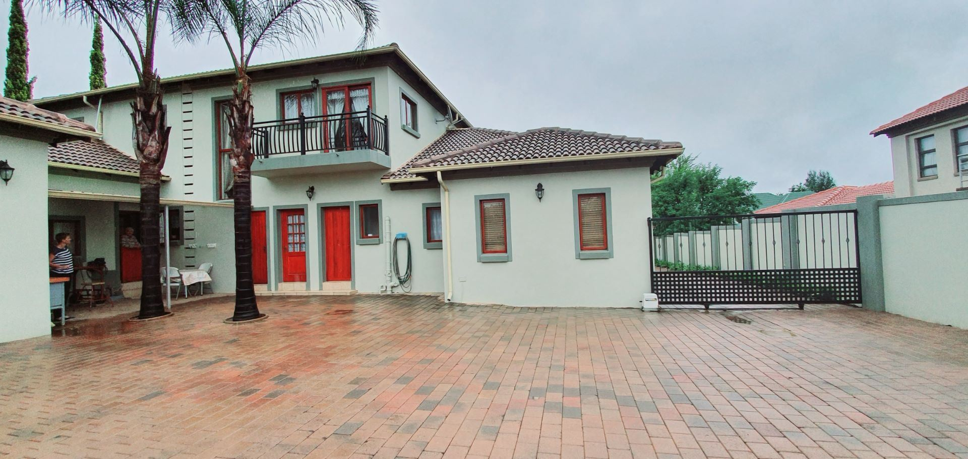 House For Sale in MIDSTREAM ESTATE
