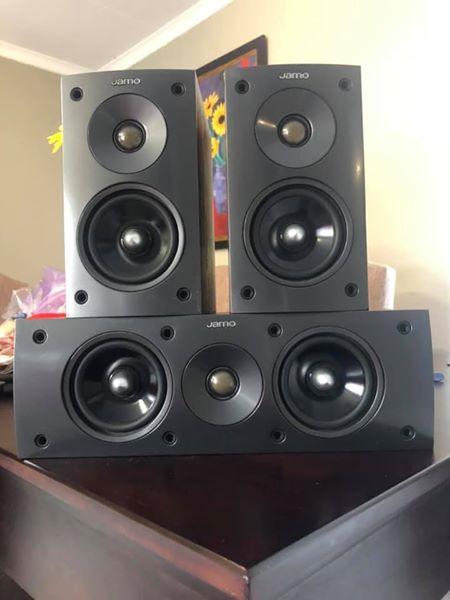 Jamo 3pcs Speaker Set