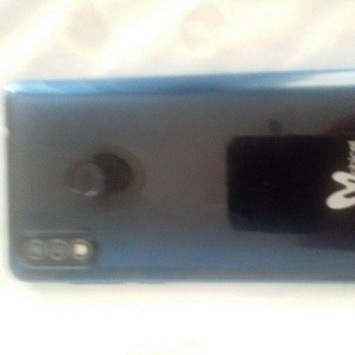 R7 Mobicel Dual SIM and camera