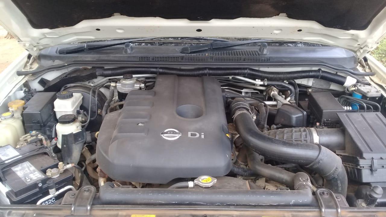 2005 Nissan Pathfinder 2.5dCi LE auto