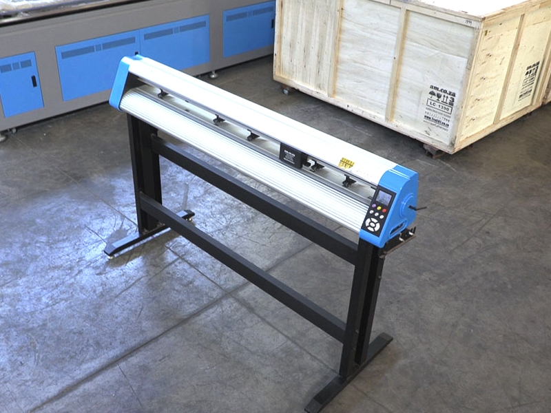 V6-1504B V-Auto Superfast Wireless Vinyl Cutter 1500mm, Automatic Contour Cutting Function