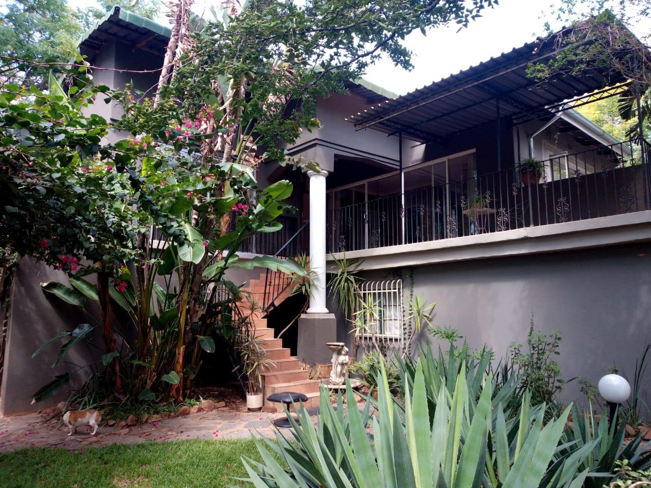 Kameeldrift East - House to rent on smallholding
