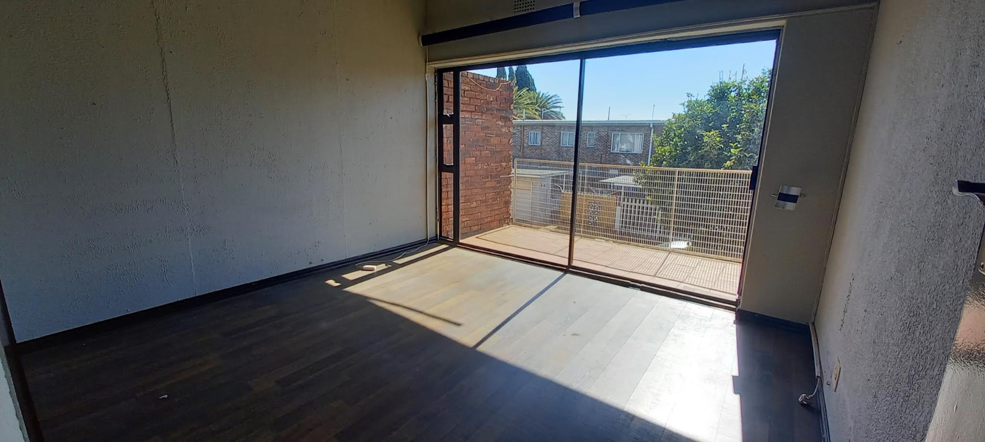 Townhouse For Sale in Benoni Central