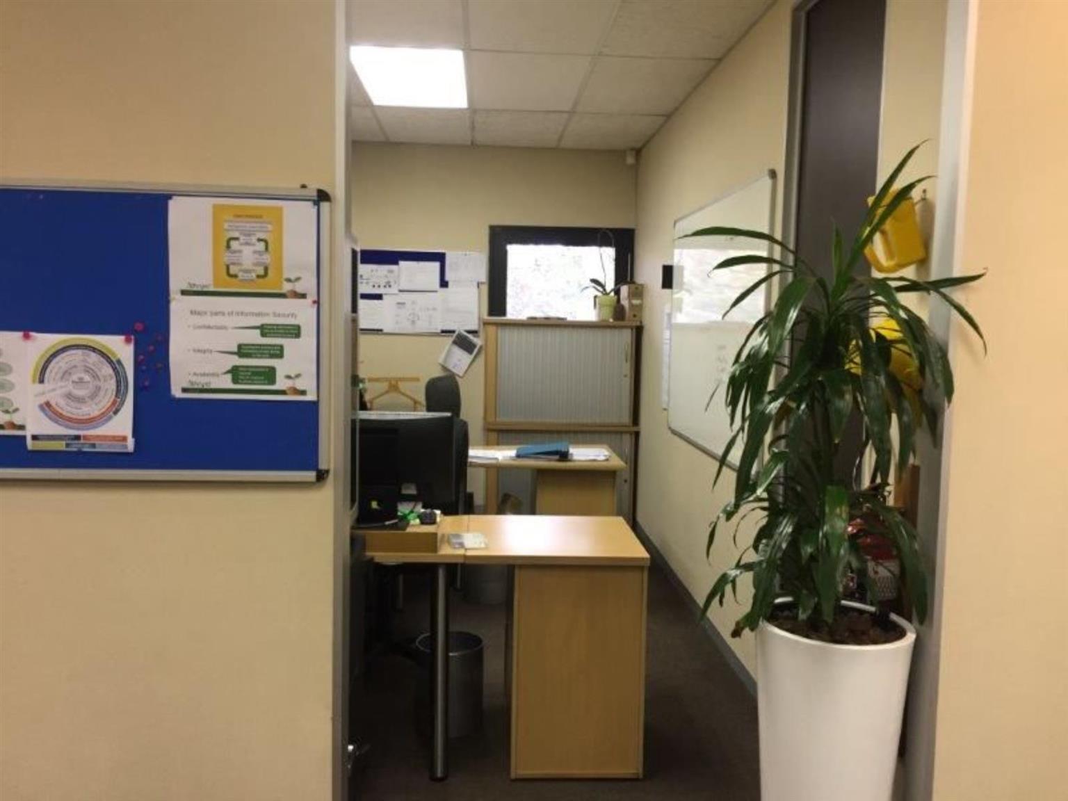 Office For Sale in ROSEBANK