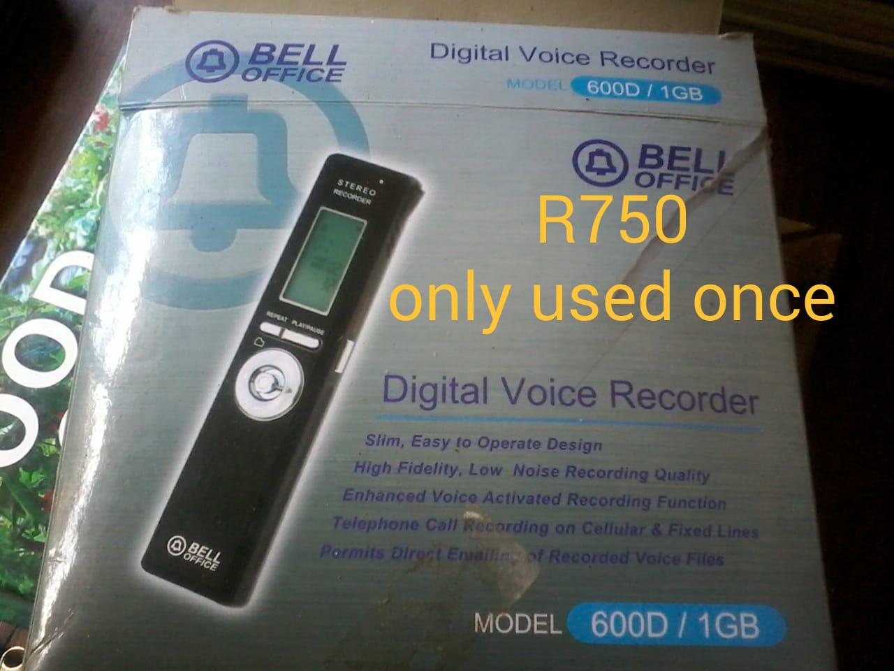 Digital Voice Recorder Model 600D/1GB - Bell Office