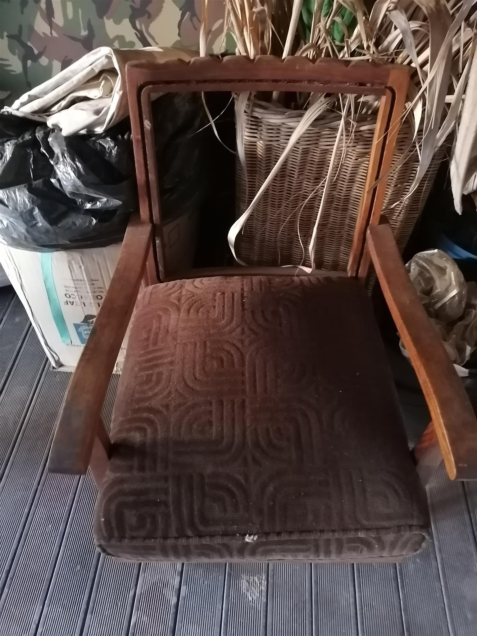 ANTIQUE PATIO or DECK / WOODEN CHAIRS
