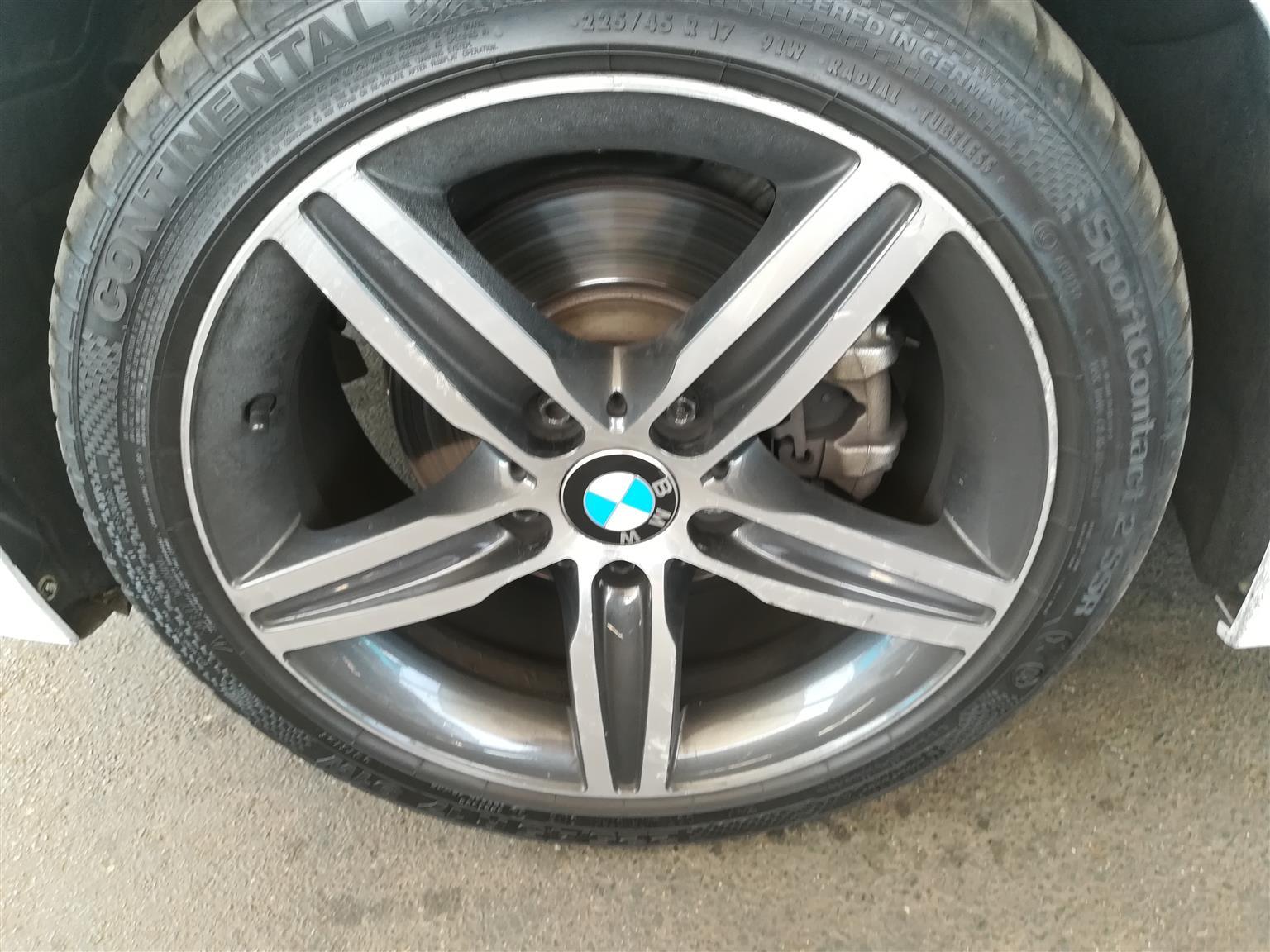 2017 BMW 1 Series 5-door 118i SPORTLINE A/T (F40)