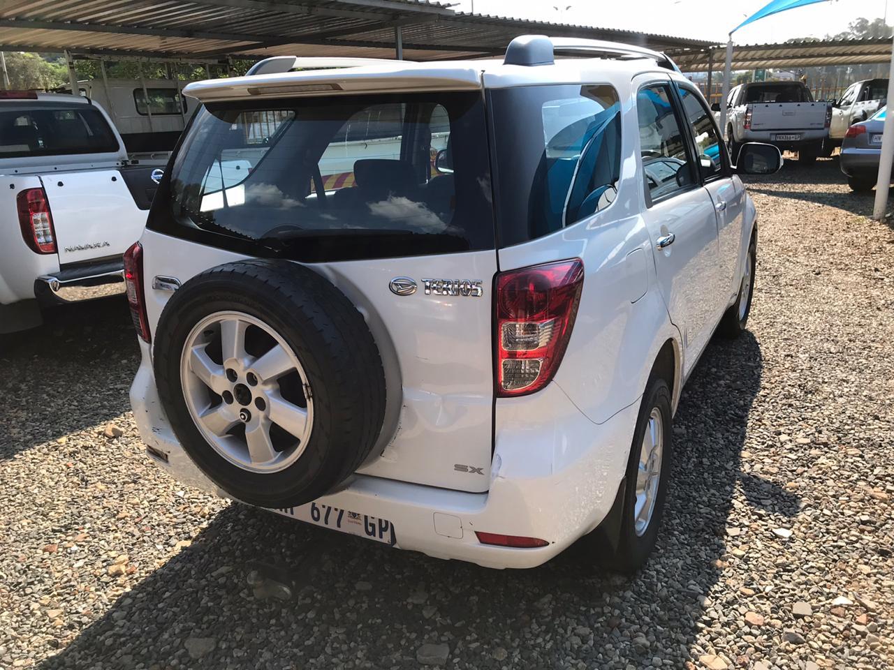 2010 Daihatsu Terios Long 1.5 4x4 7 seater