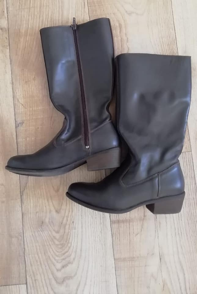 a09f7234 TSONGA LADIES LEATHER BOOTS | Junk Mail
