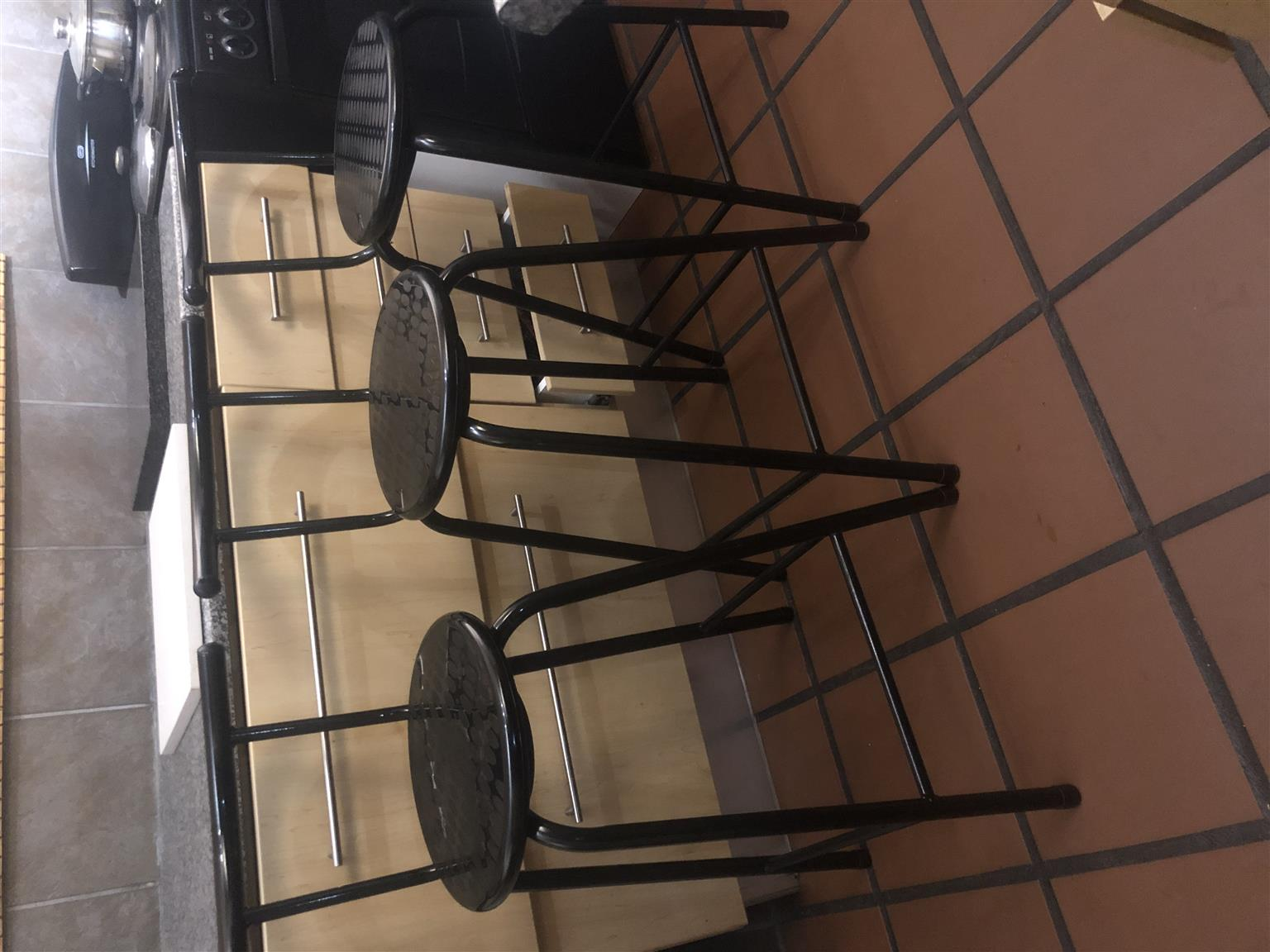 Barstools swivel x 3 in good condition