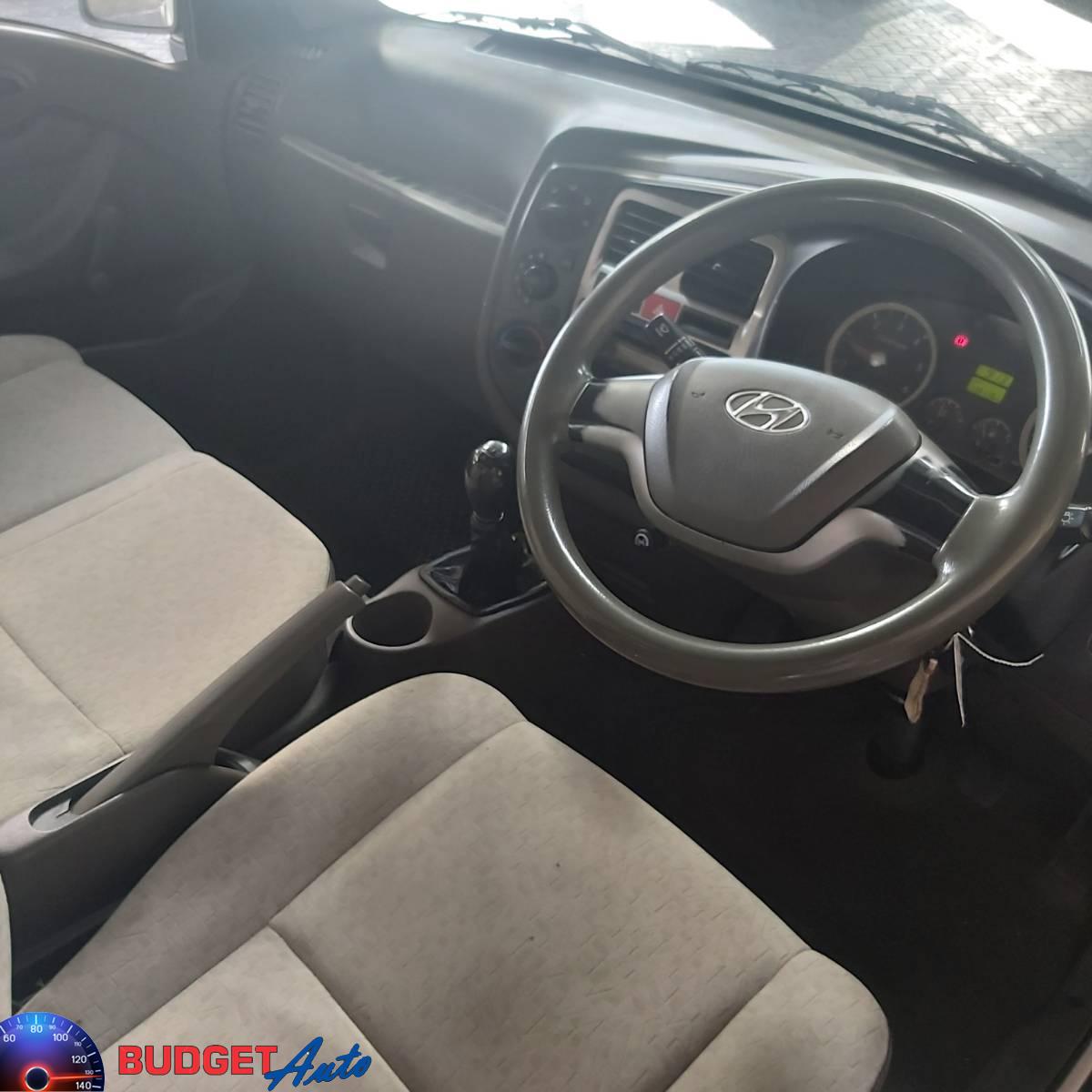 2017 Hyundai H-100 Bakkie 2.6D deck