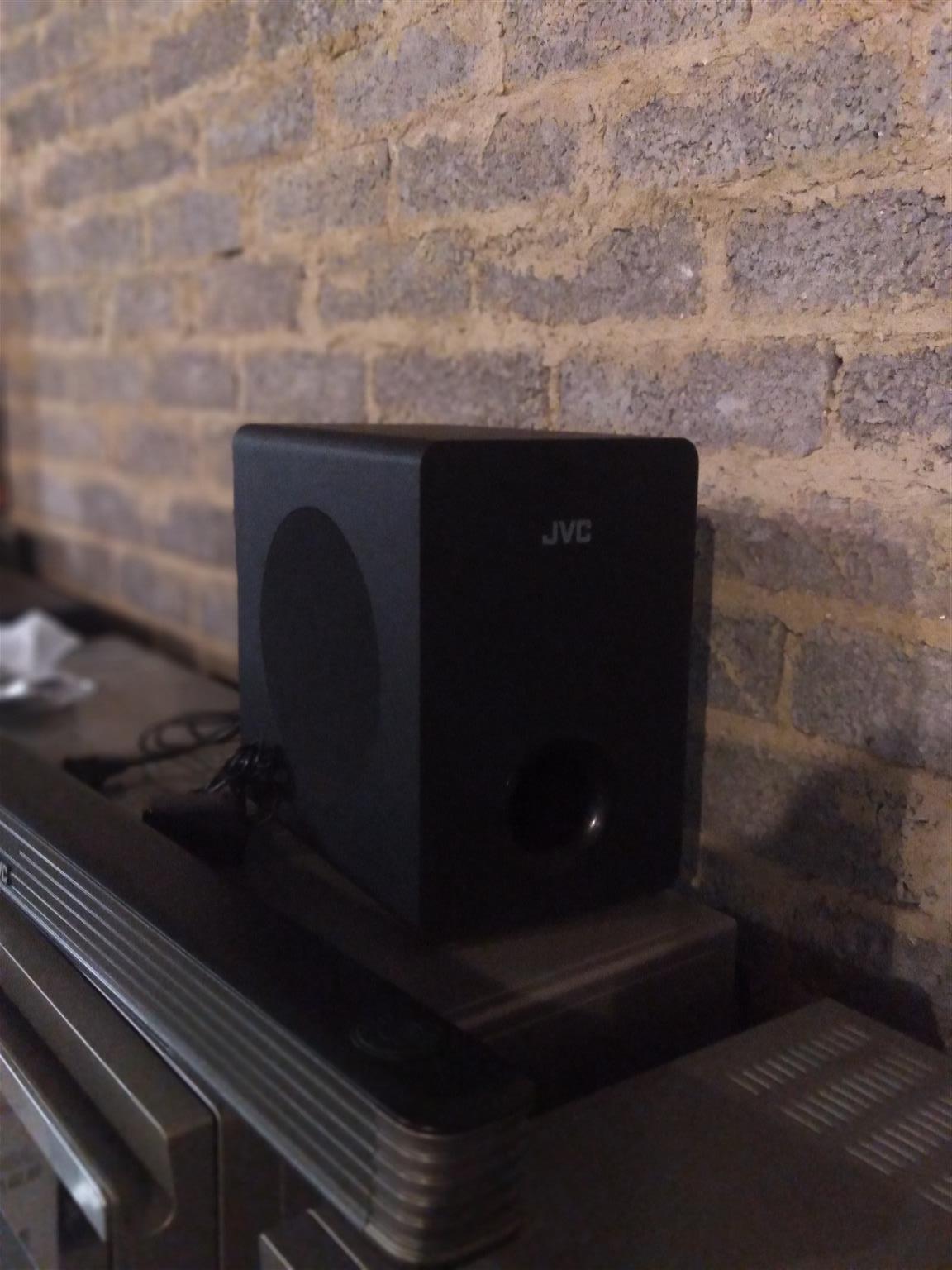 2.1 CH  JVC Sound bar with wireless subwoofer