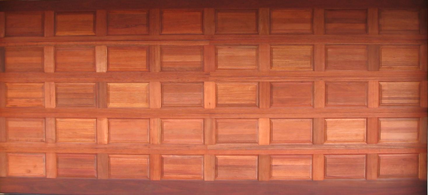 WOODEN DOOR DOUBLE GARAGE DOOR