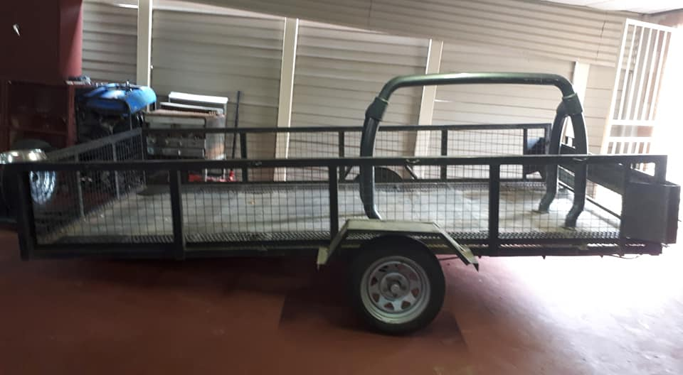 Very large trailer for sale