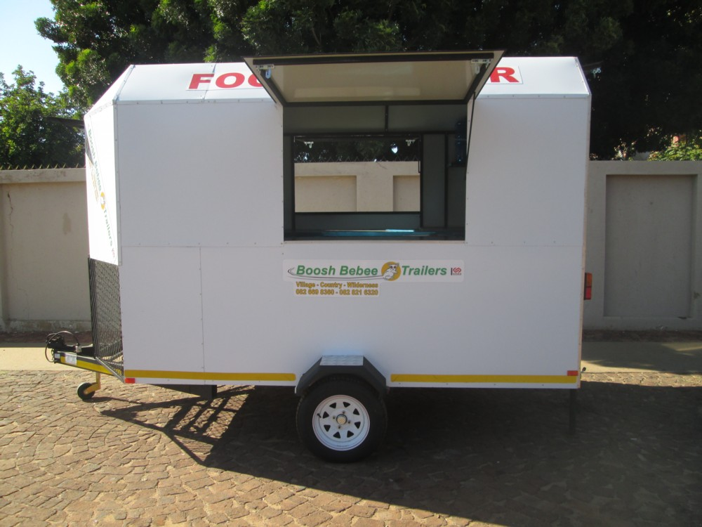 N. FOOD / KITCHEN TRAILER.