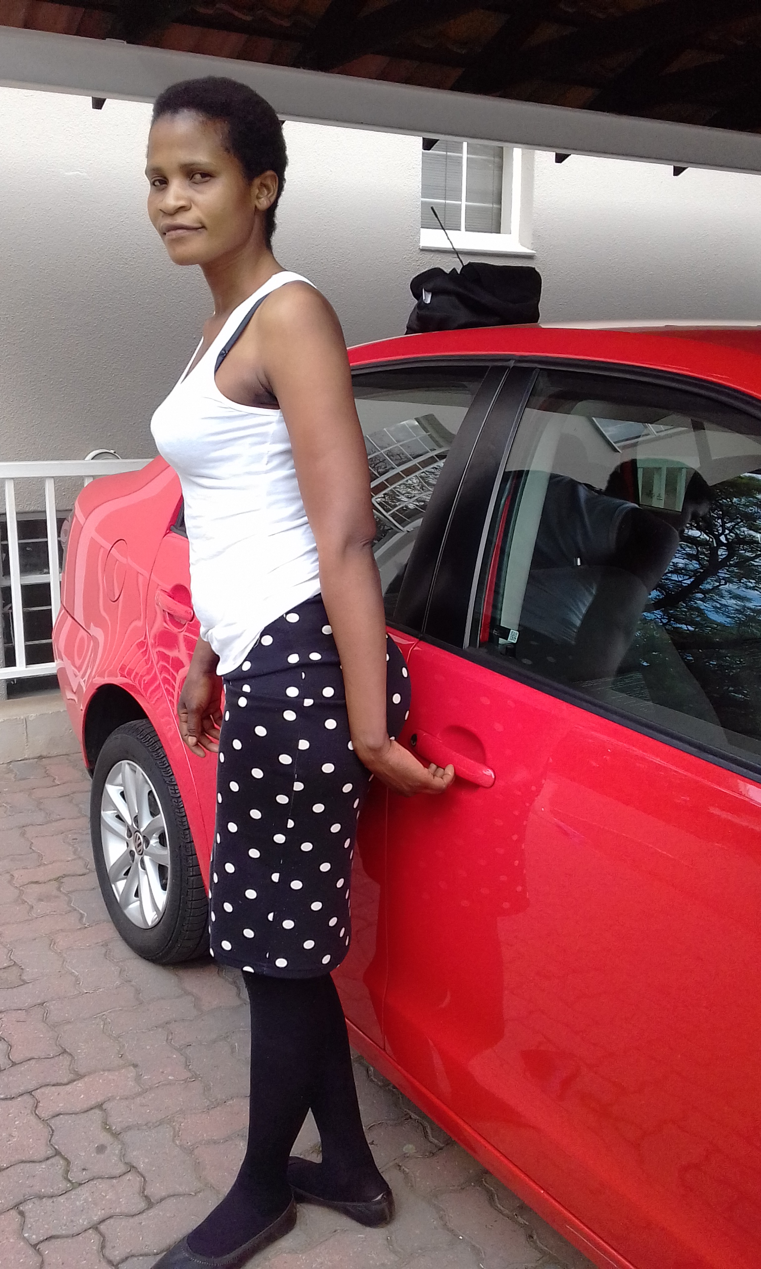 Zim maid,nanny,cleaner,cook,care-giver(all rounder) needs stay in or stay out