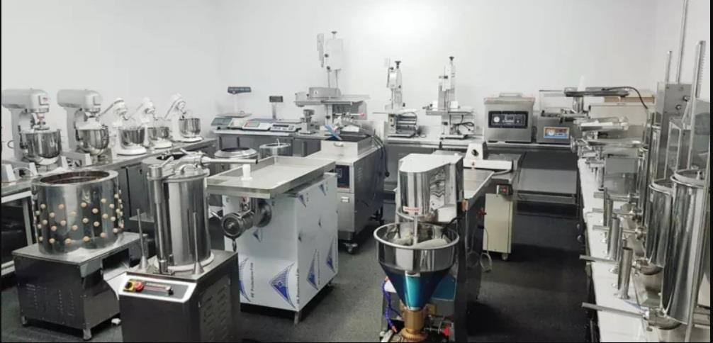 BUTCHERY EQUIPMENT-MEAT CUTTING MACHIN-MEAT BOWL MAKER-MINCER-FUTHER PLUNK AND SUASAGE FILLER