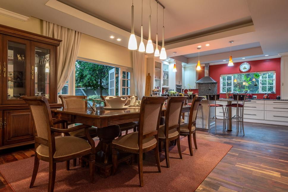 4 Bedrooms house for sale in Oakdene