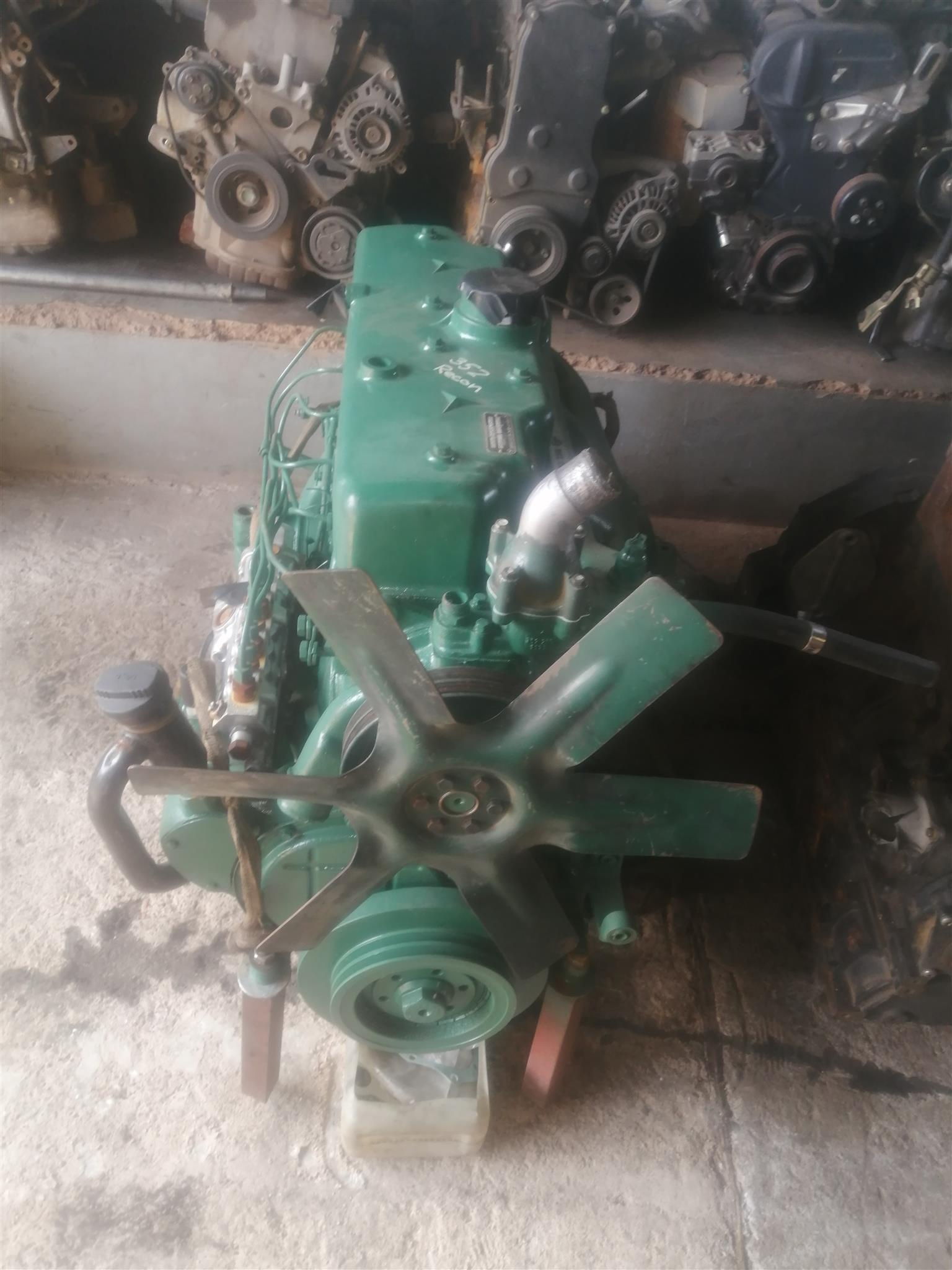 Selling ADE 352 non turbo engine