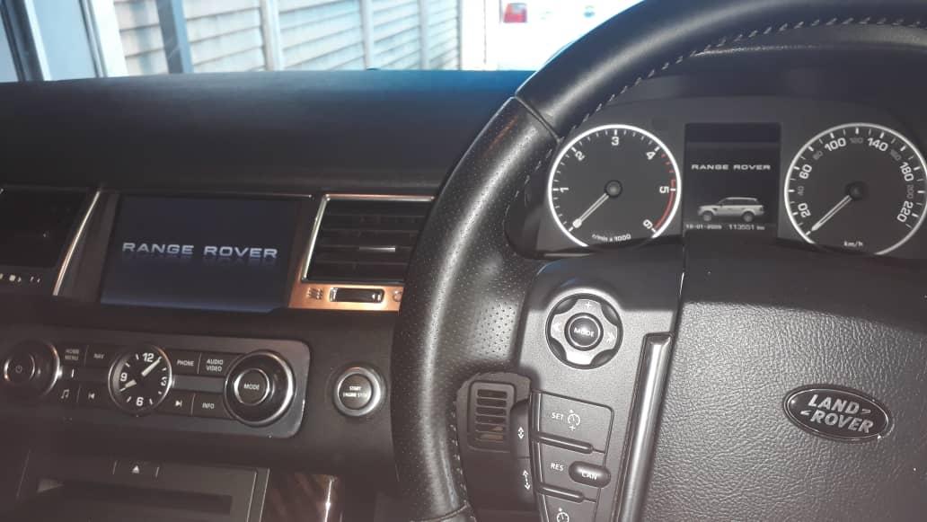 2012 Land Rover Range Rover V8 HSE