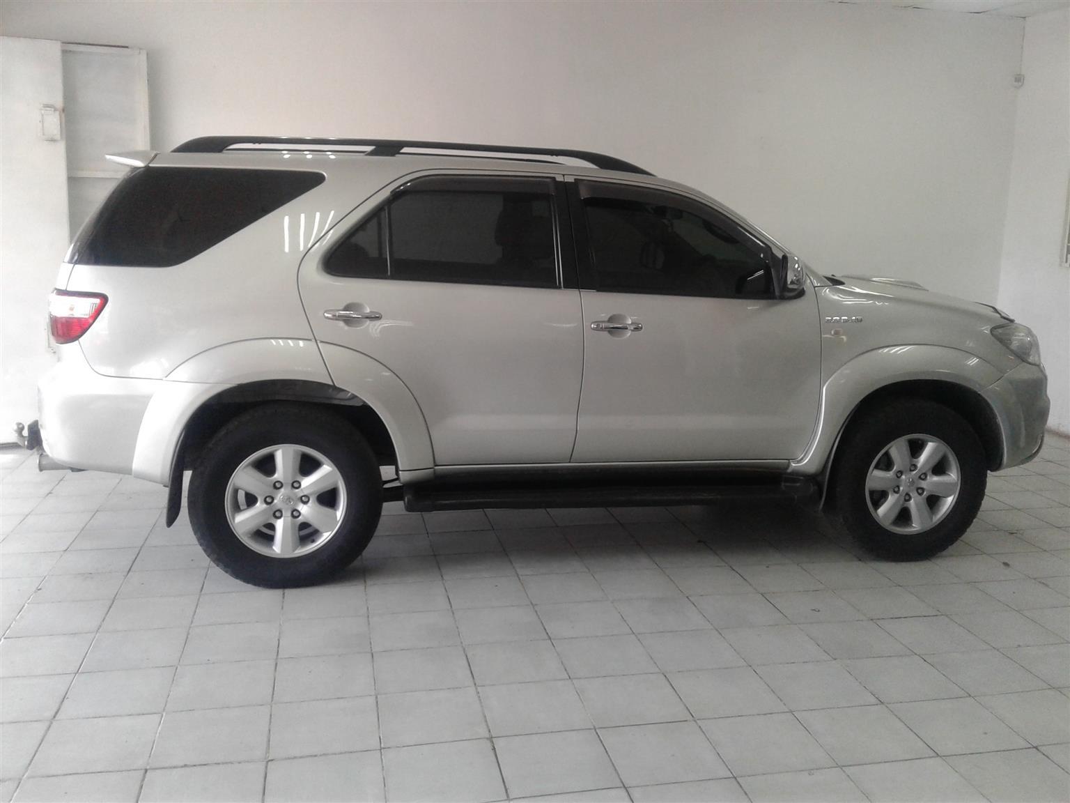 2010 Toyota Fortuner 3.0D 4D
