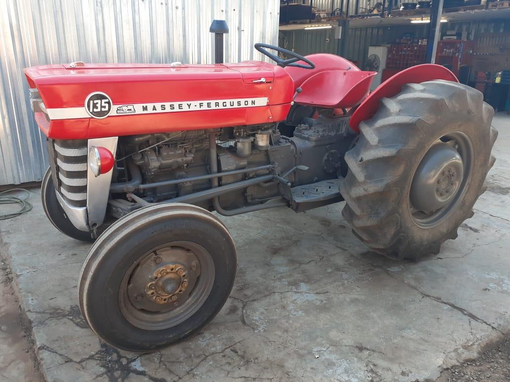 Massey Ferguson (MF) 135 4X2