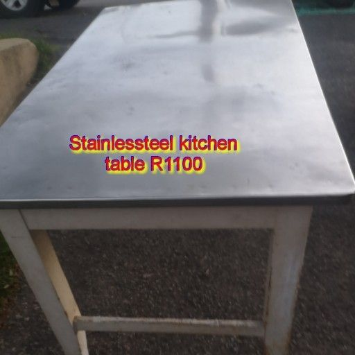 Stainlessteel kitchen table